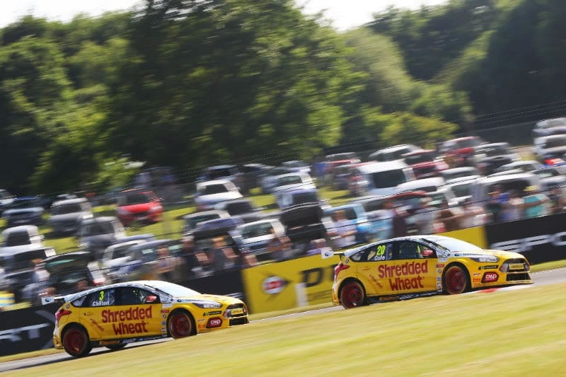 Double delight for Team Shredded Wheat Racing with Gallagher at Oulton Park