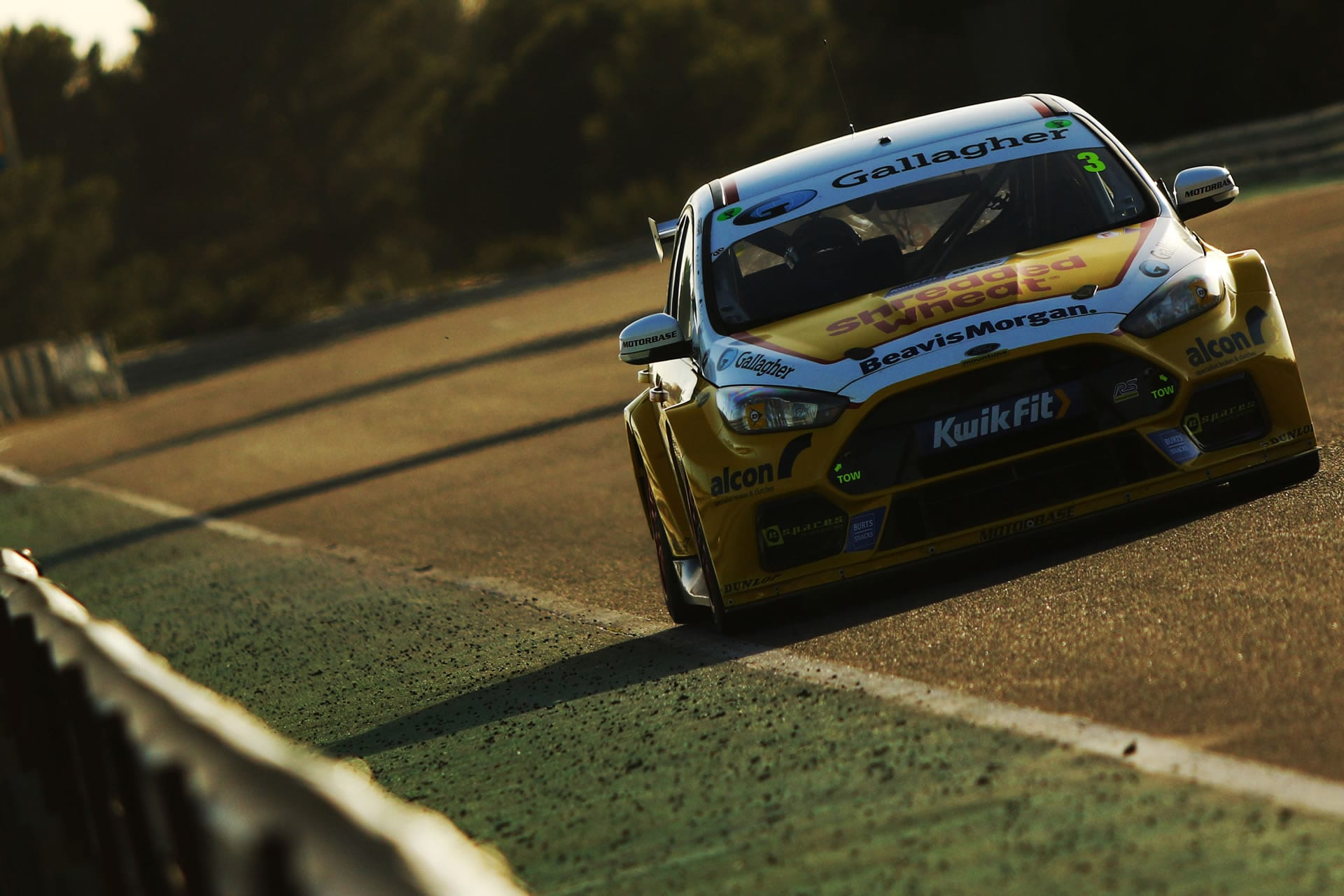 Latest Gallery from the Motorbase Performance a BTCC Team and Porsche CARRERA Cup GB Team
