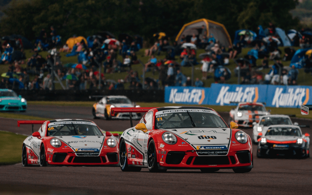 Motorbase Performance digs deep for podium finish at Thruxton
