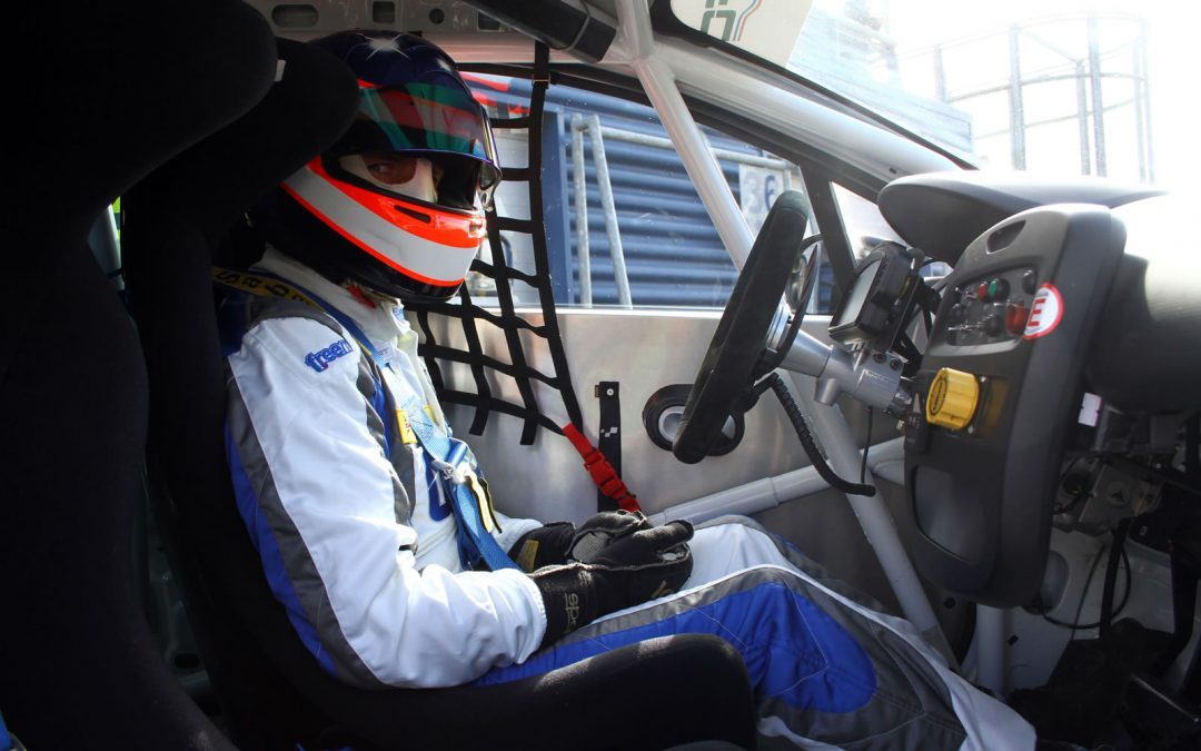 Paul Rivett to substitute for Andy Neate at the Knockhill and Thruxton BTCC rounds.